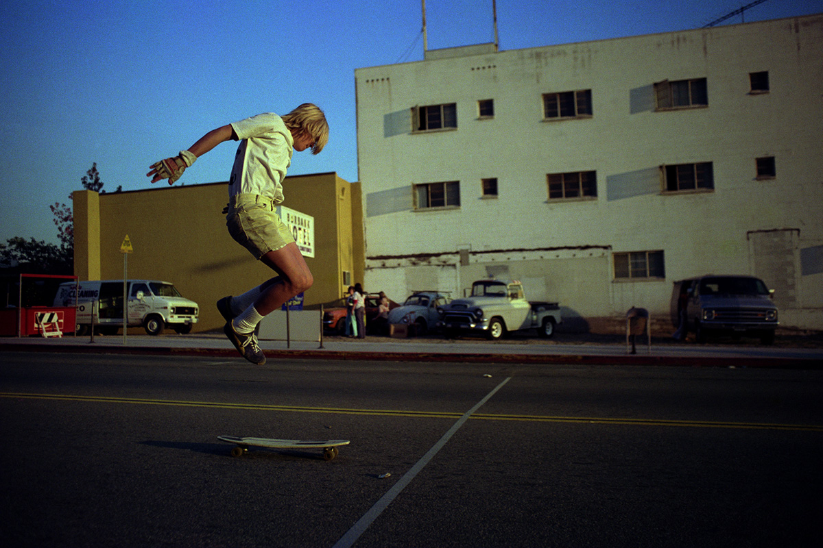 Downtown Tricks, Burbank, 1975 (from the series 'Locals Only')