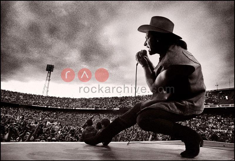U2 (Bono)