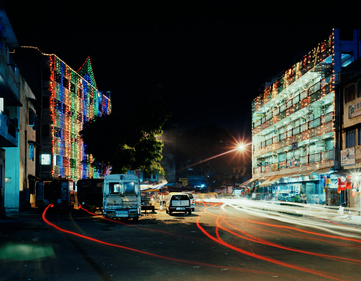 Untitled (2-1, Ahmedabad, India, 2008, from the series 'pikari')
