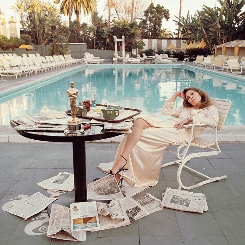Faye Dunaway, Beverly Hills Hotel, 1977 by Terry O'Neil_Crane Kalman Brighton